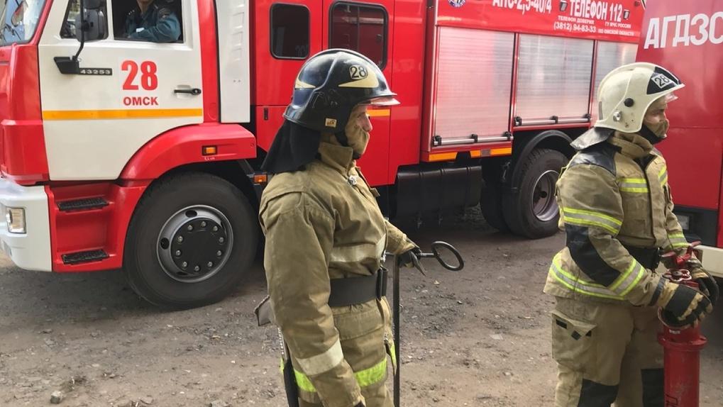 Омские спасатели напомнили об опасных морозах и приняли поздравления от первых лиц региона