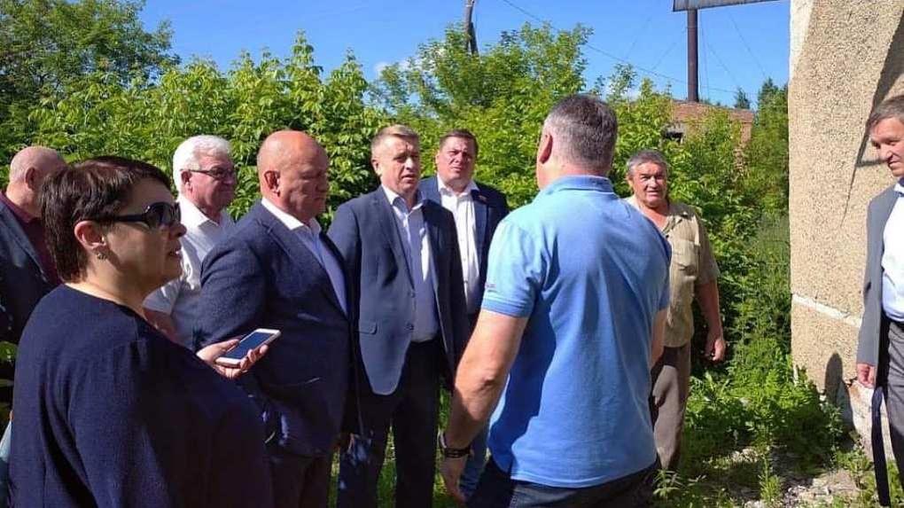 Главе сельсовета в Новосибирской области предложили уйти в отставку