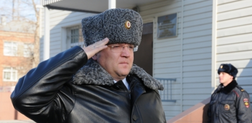 Мандат ушедшего в сенаторы Попова достался 48-летнему пенсионеру МВД Борисову