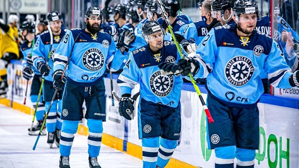 ХК «Сибирь» проиграл «Северстали» — результат матча определили в серии буллитов