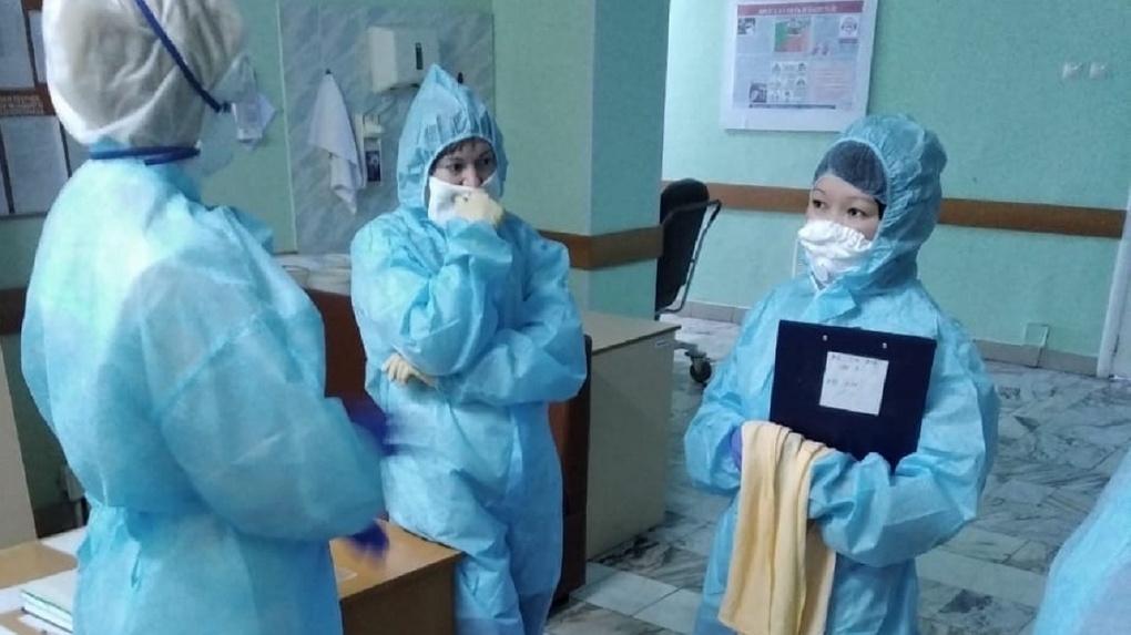 В Омске уволился главврач ГБ №1, где произошло массовое заражение медиков коронавирусом