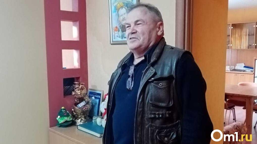 «Сяду рядом с бомжом с табличкой «Уволен»! Директор Новосибирского цирка заявил о скандальном уходе