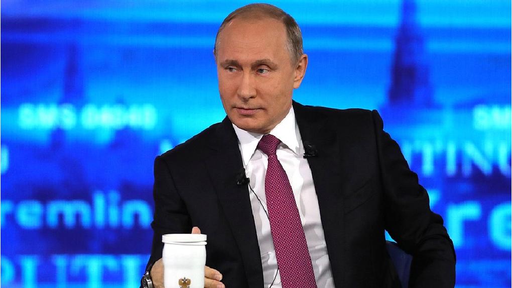 Владимир Путин впервые за восемь лет отказался проводить прямую линию с россиянами