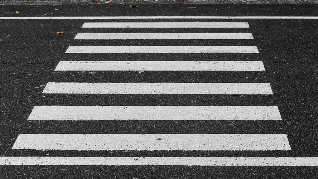 К новому учебному году у 135 новосибирских школ разметят и обновят пешеходные переходы