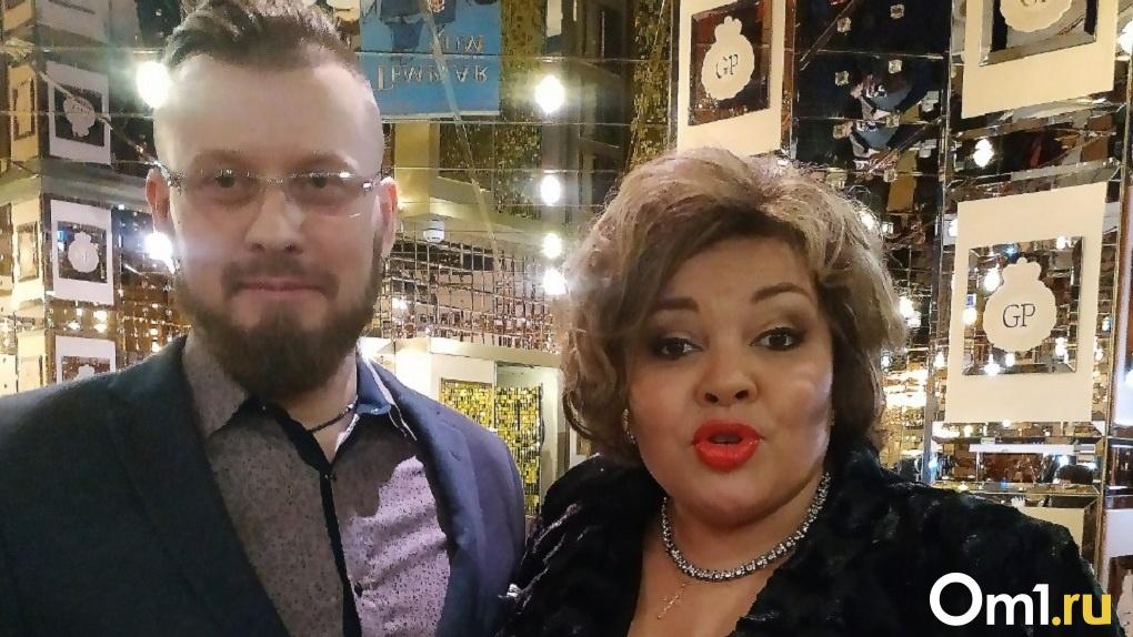 Новосибирский фотохудожник задарил звёзд шоу-бизнеса масками с «мутированным коронавирусом»
