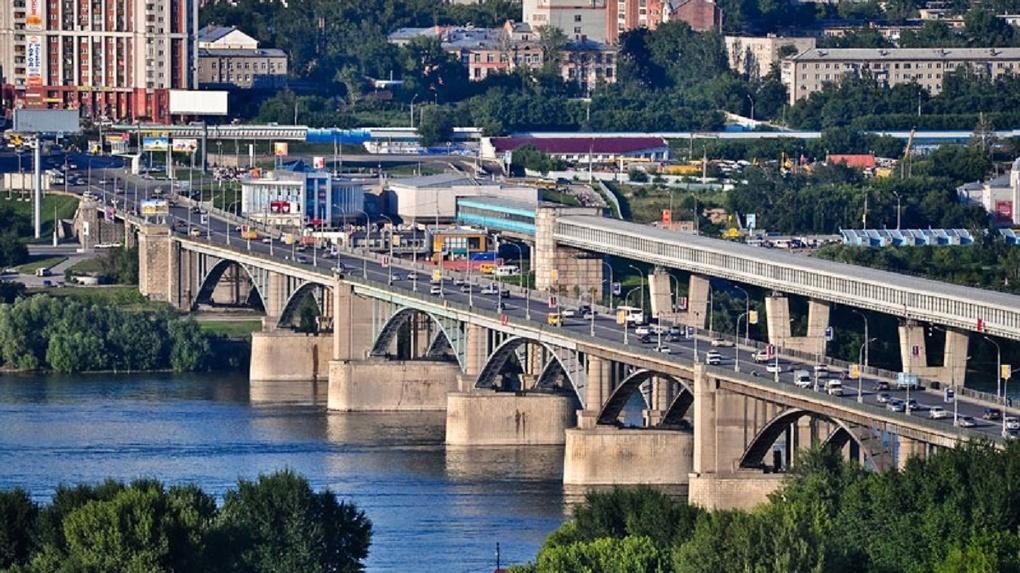 Октябрьский мост Новосибирска закроют для пешеходов