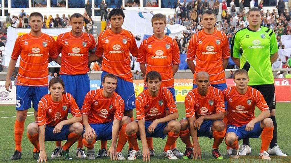 Новосибирцам напомнили о легендарной победе ФК «Сибирь»