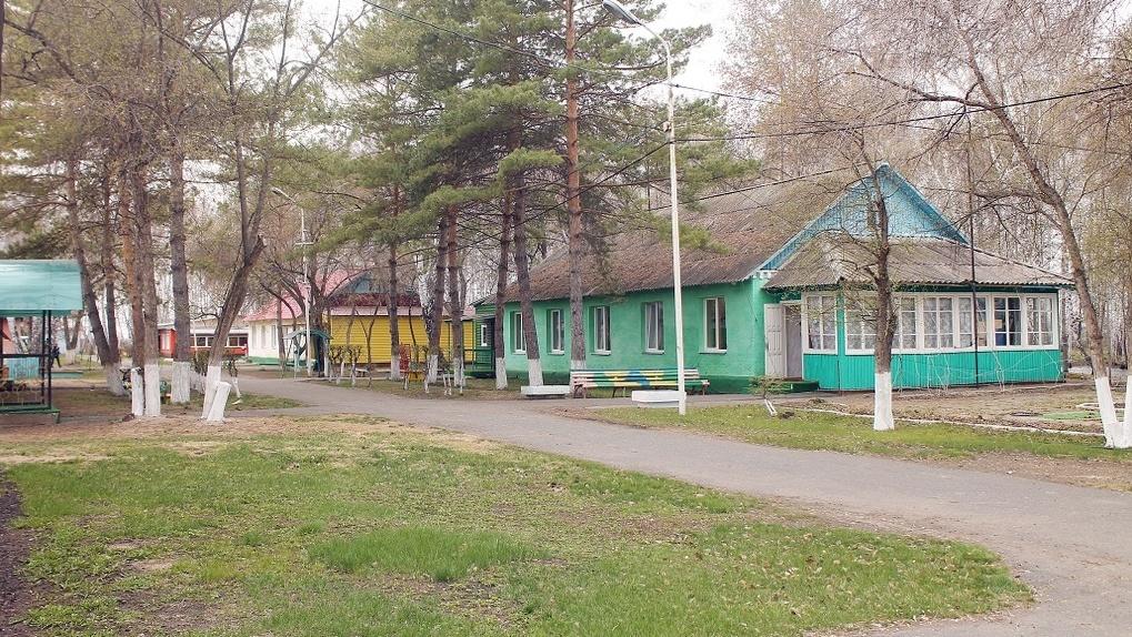 Родителям вход воспрещён: как власти ужесточили правила отдыха в детских лагерях Новосибирской области