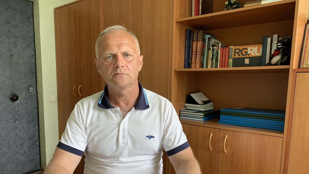 Омский учитель, уволенный за двойку, добился восстановления на работе
