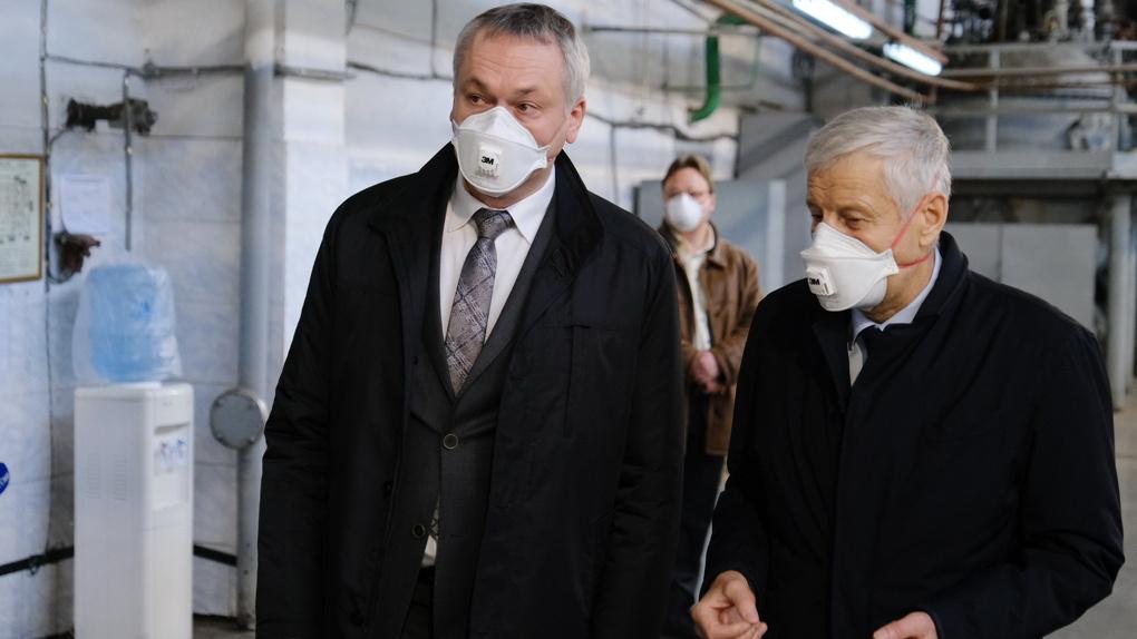 Губернатор НСО проконтролировал реализацию противоэпидемических мер на предприятии, возобновившем работу