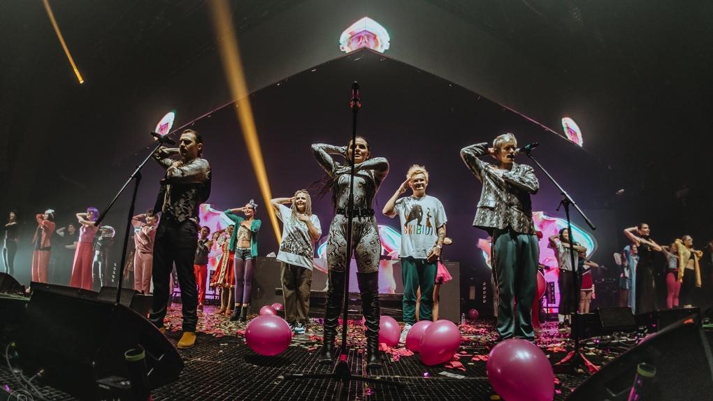 Новосибирцы могут в онлайн доступе увидеть концерт группы Little Big, которые собирались «Евровидение»