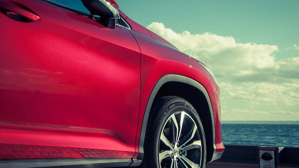 Новокузнечанин лишился Lexus из-за долгов по кредиту в Новосибирске