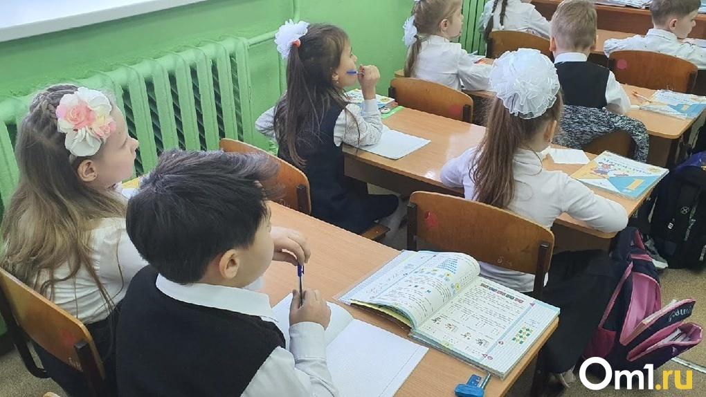В Новосибирской области началась подготовка к новому учебному году: какие работы проводят в школах