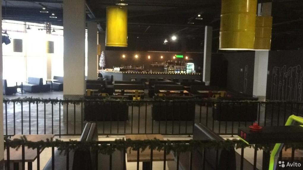 Боулинг-бар почти за 15 млн рублей продают в Новосибирске