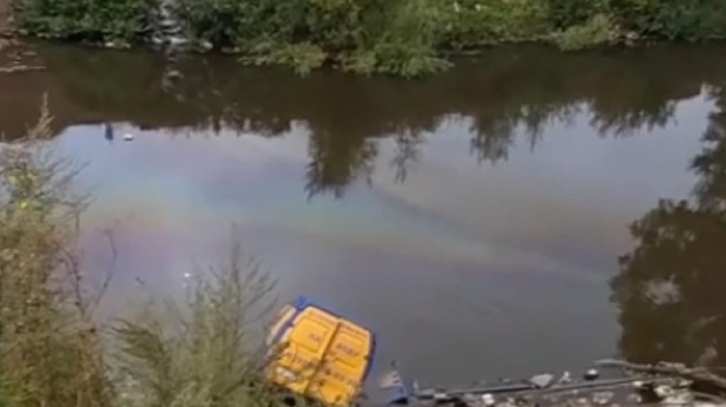 Разлив химикатов в озеро произошёл в Новосибирске