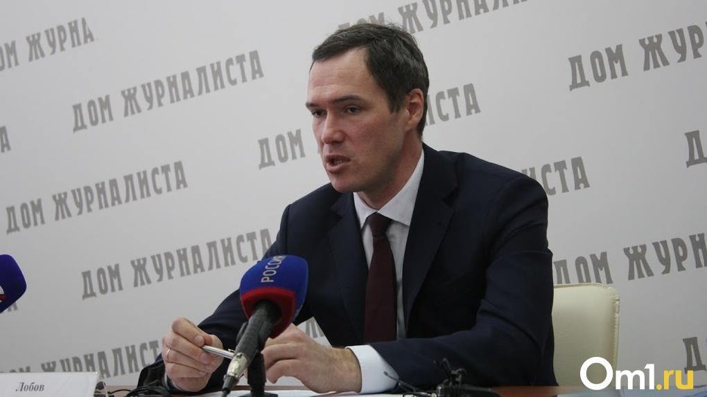 Еще 48 автобусов на метане. Омский министр Илья Лобов рассказал о замене неэкологичного транспорта