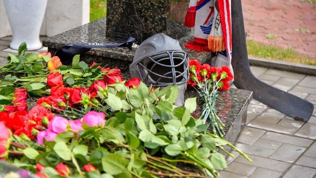 Девять лет назад разбился ярославский «Локомотив». На борту был омич Александр Вьюхин