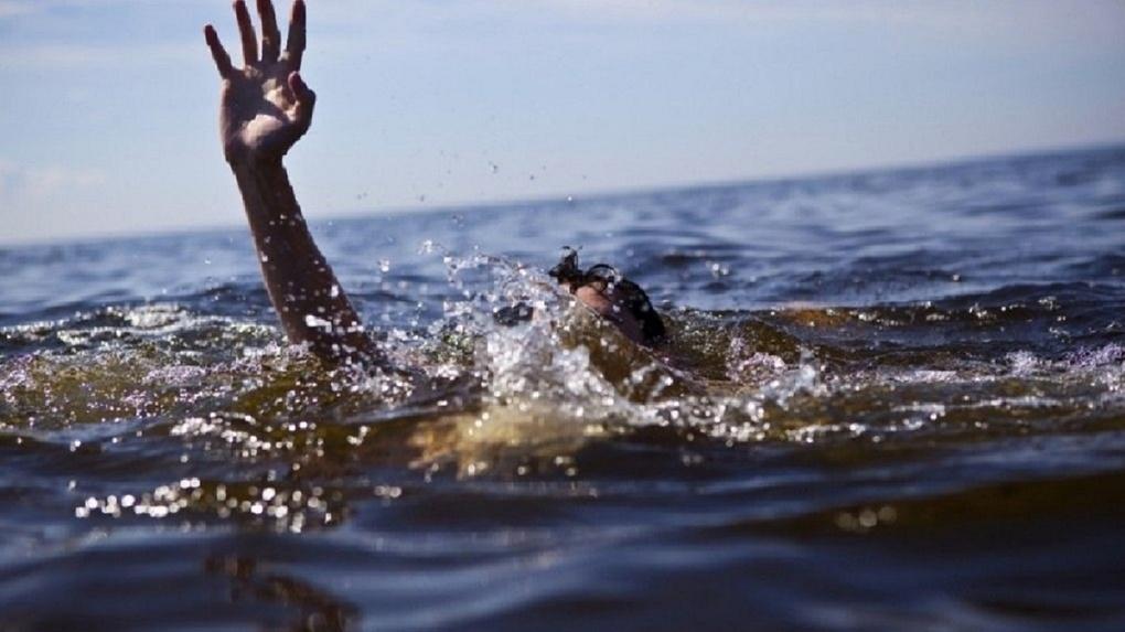 Мужчина утонул в заброшенном карьере в новосибирском микрорайоне Шлюз