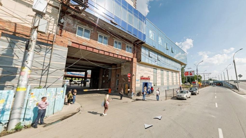 В Новосибирске закрывают автовокзал на Красном проспекте
