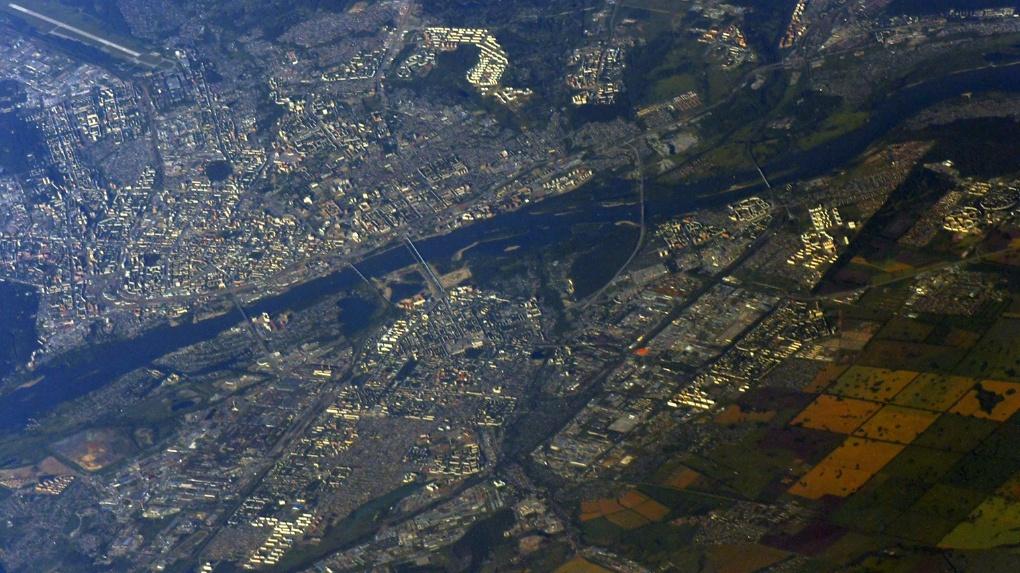 Кадры впечатляют: российский космонавт сфотографировал Новосибирск с орбиты