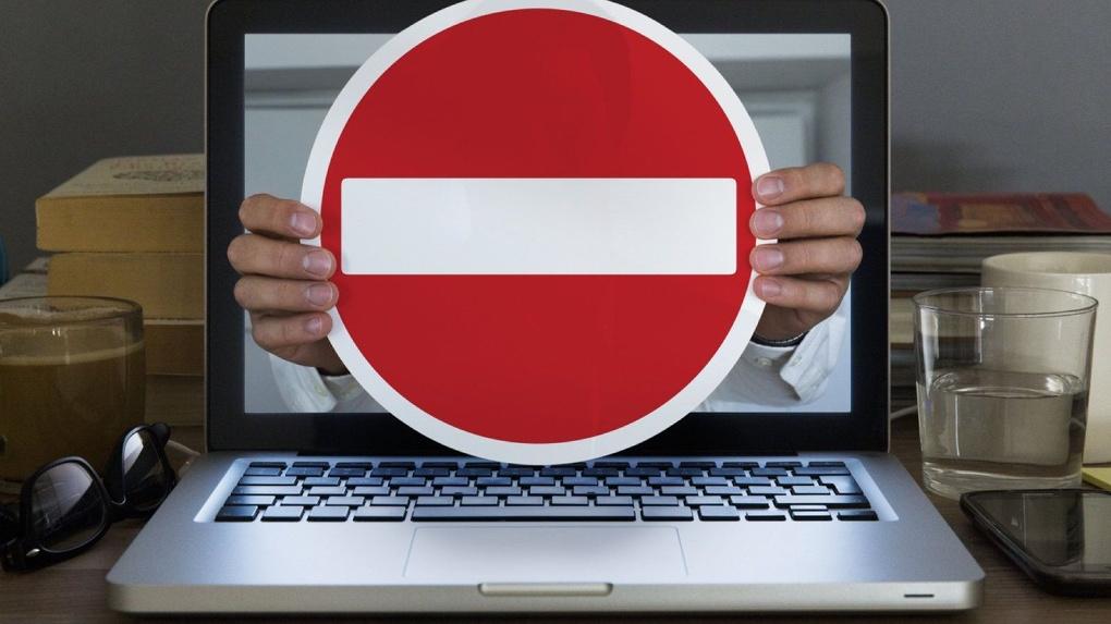 В Новосибирске заблокировали шесть сайтов по продаже поддельных водительских прав