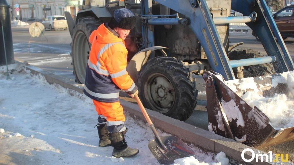 В Омске уже завтра начнутся рейды по уборке снега