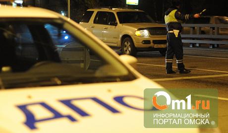 В Омске на Красноярском тракте столкнулось 3 авто: пострадали дети