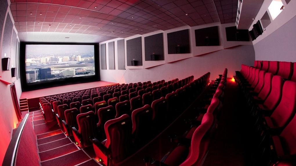 В омских кинотеатрах хотят застраховать имущество перед показом «Матильды»