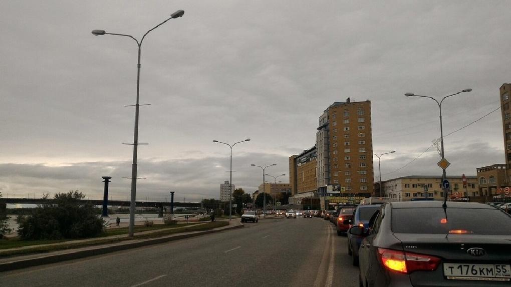 Иртышскую набережную закроют ради омских школьников