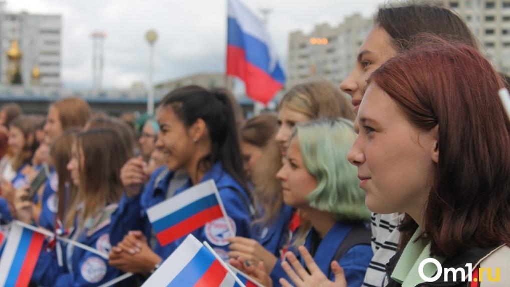 Путин сказал, что понимает молодежь, которая уезжает из Омска