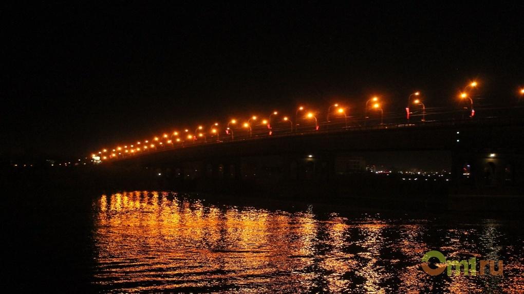 В Омске к приезду Путина за 80 миллионов поменяют лампочки