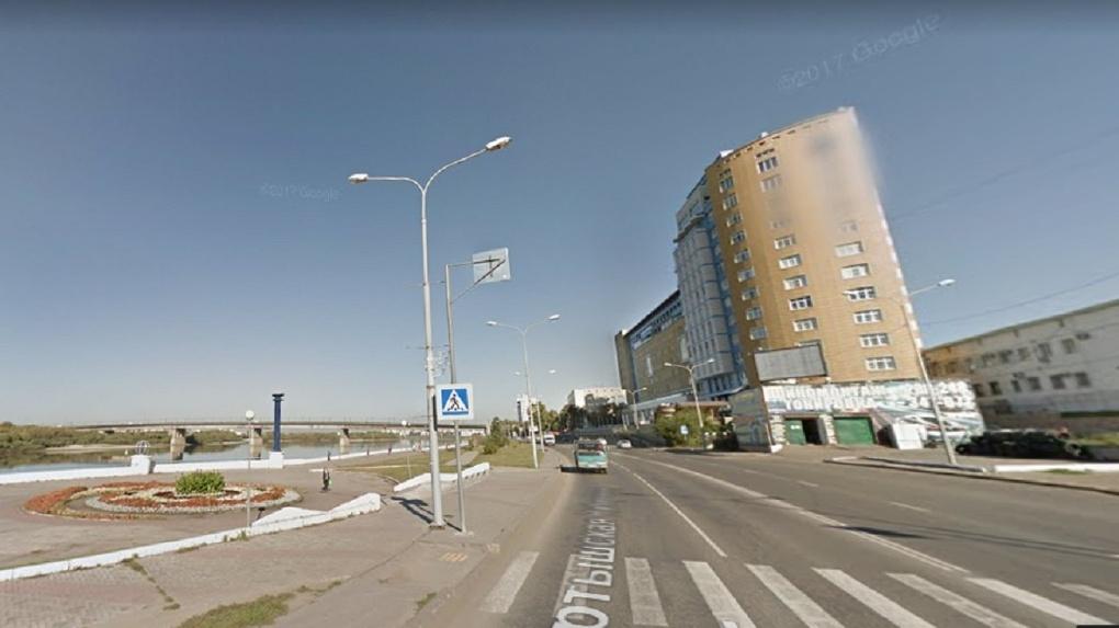 В Омске хотят построить дорогу-дублер вдоль Иртышской набережной