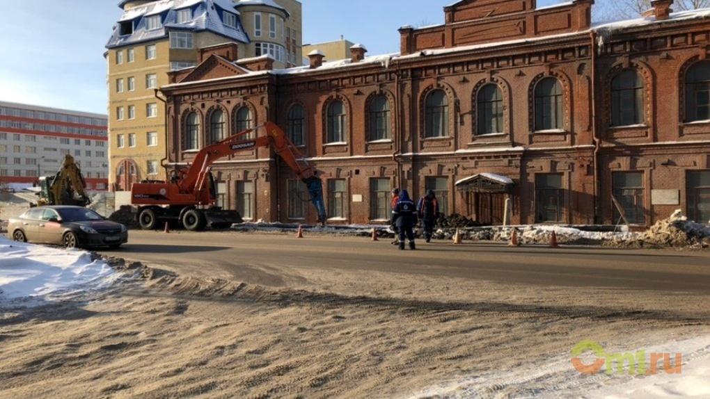 Весна идет: в Омске начнут активно вывозить снег