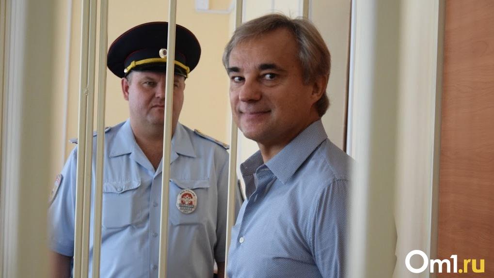 Дело направлено в суд. Бывшего депутата Калинина обвиняют в хищении у омичей почти двух миллиардов рублей