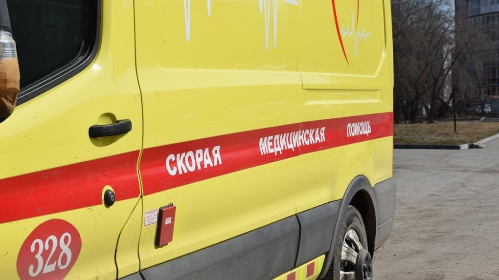В Новосибирске 13-летний ребёнок попал в реанимацию после того как на него сверху упал сверстник