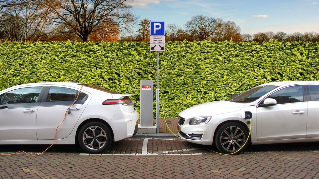 ВТБ начинает выдавать льготные кредиты на электромобили