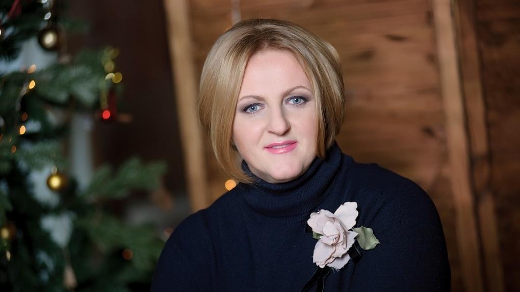 Директор омского цирка одной из первых поздравила омичей с Новым годом