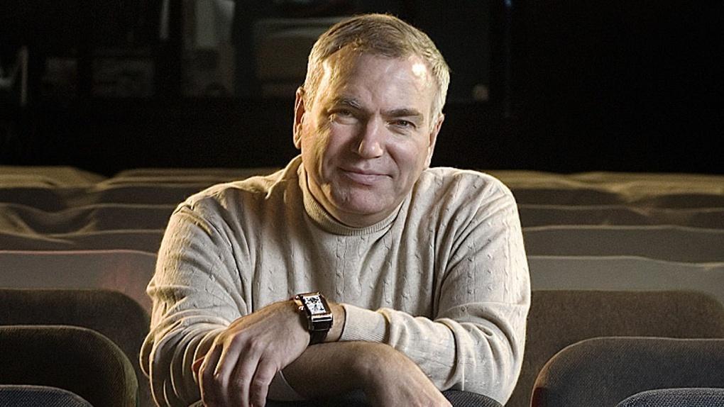 Андрей Травников поручил мэру Новосибирска решить вопрос с арендой помещения для театра Афанасьева