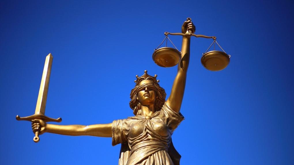 Новый председатель омского суда не сработался со своими заместителями