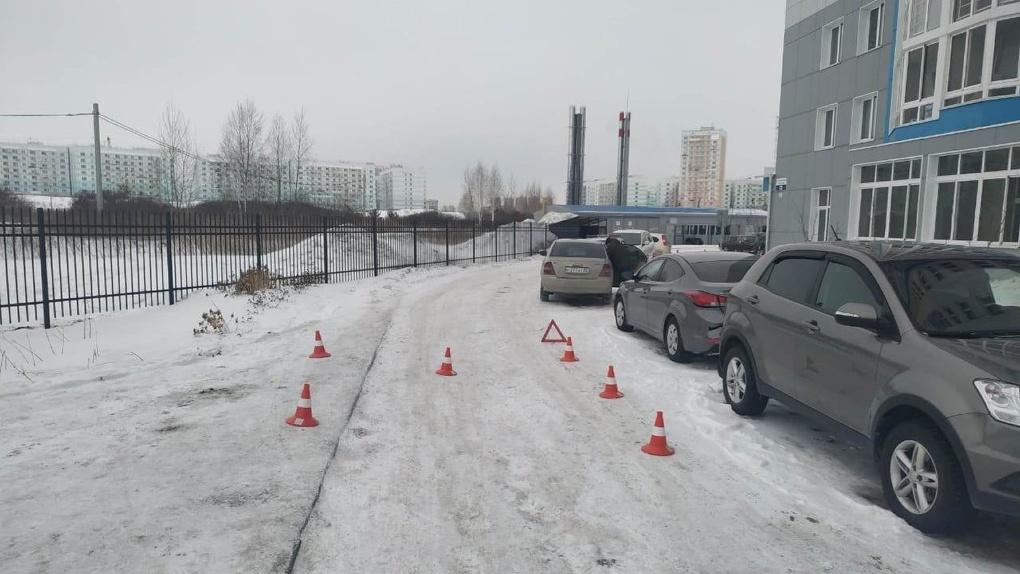 «Сбил женщину с ребёнком»: новосибирского водителя-лихача освободили в зале суда