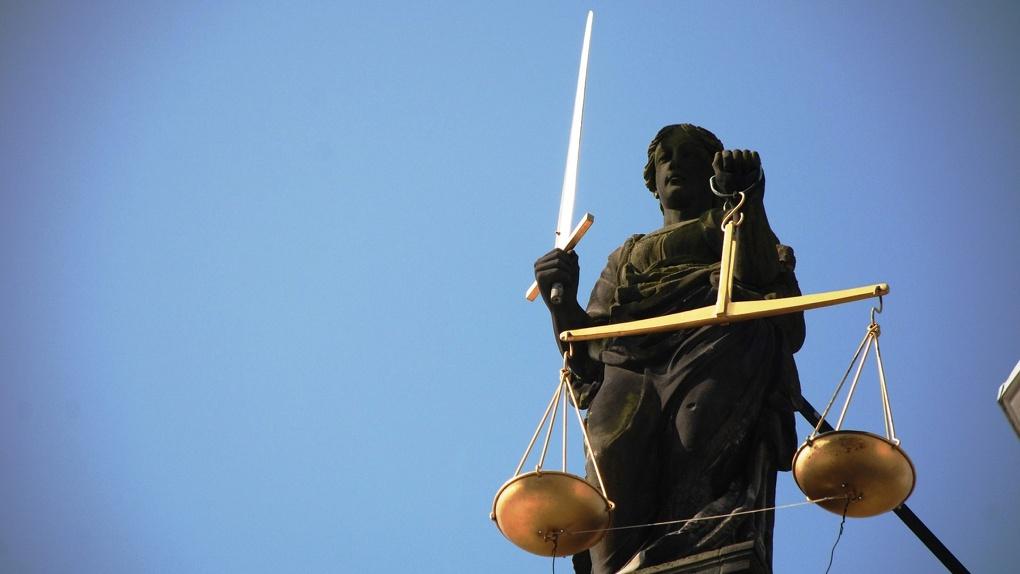 Новосибирца отдали под суд в Волгограде за сбыт 106 килограммов тяжёлой «синтетики»