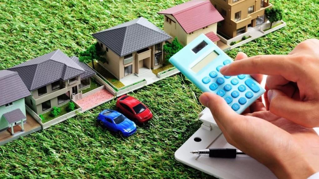 Омичи заплатили более 12 миллионов рублей за гаражи