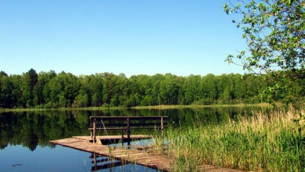 Омичей приглашают в край пяти озер и на другие экскурсии