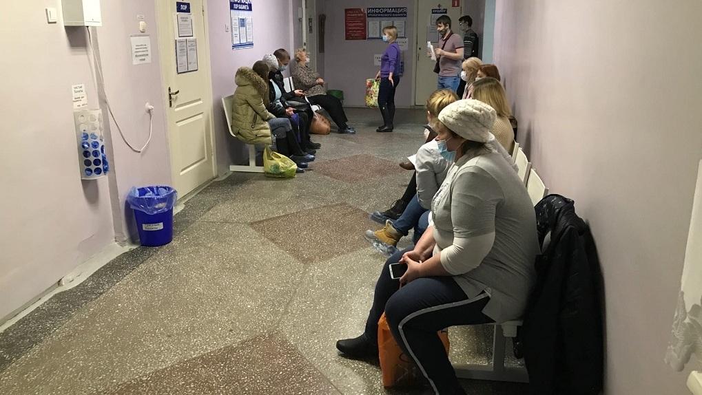 Депутат новосибирского горсовета призвал экстренно разворачивать новые госпитали