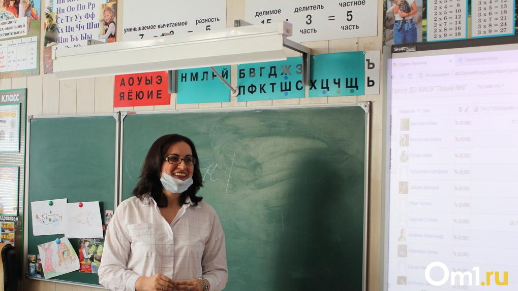 Депутат горсовета требует закрыть все новосибирские школы на карантин
