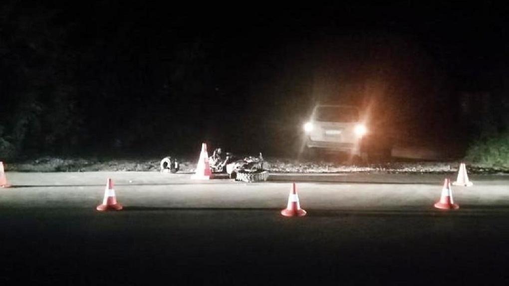 Перелом бедра и позвоночника: 13-летний новосибирец на мопеде угодил под колёса иномарки