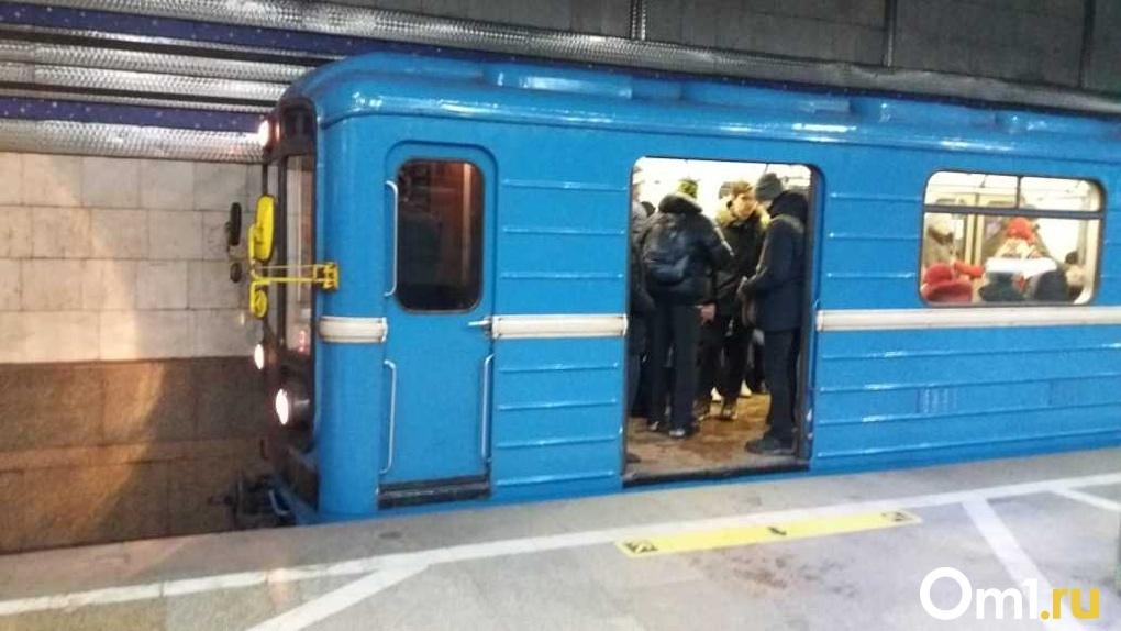 Эксперты рассказали о рисках подцепить вирус в Новосибирском метрополитене