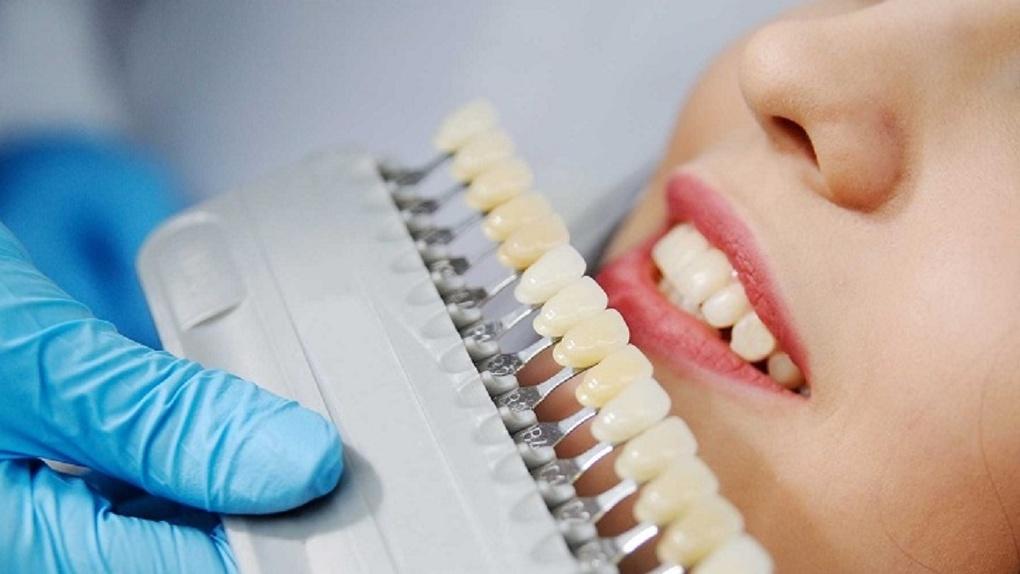 Новые методики в стоматологии позволяют вернуть белизну зубов