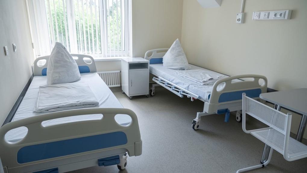 «Разносят заразу!» Омич через прокуратуру требует госпитализировать «легких» ковидных больных