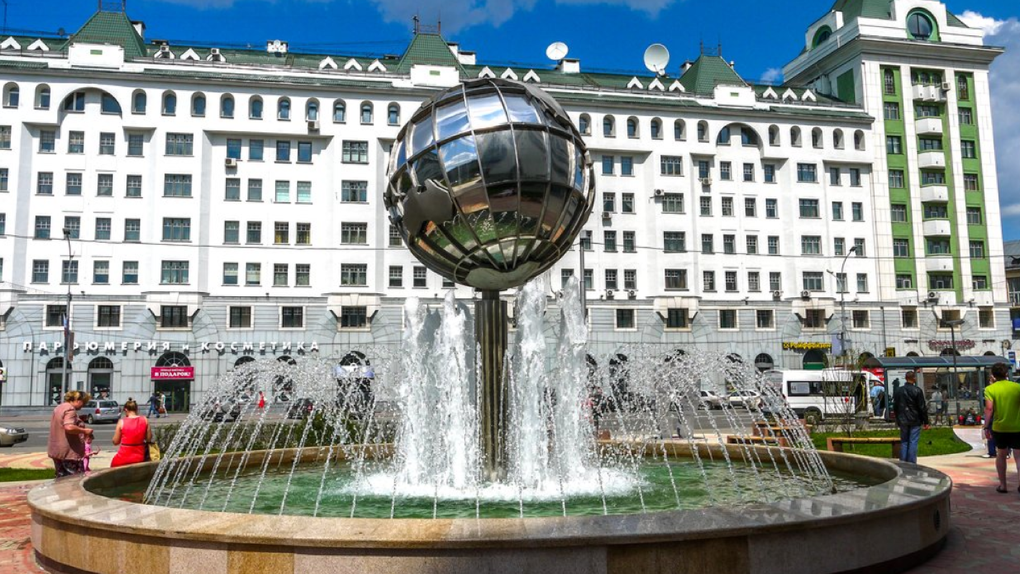 В Новосибирске запускают фонтаны